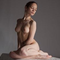 figure drawing pose IrinaV022